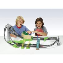 Hot Wheels Mario Kart Circuit Lite Track Set