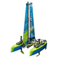 LEGO Technic Catamaran 42105