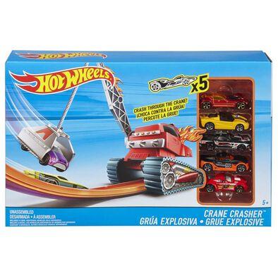 Hot Wheels Crane Crasher With 5 Diecast Car
