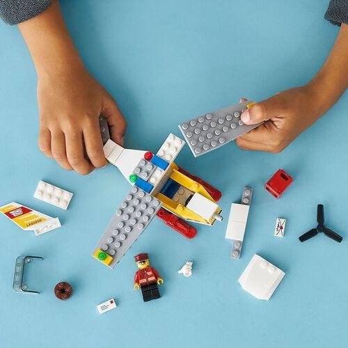 LEGO City Mail Plane 60250